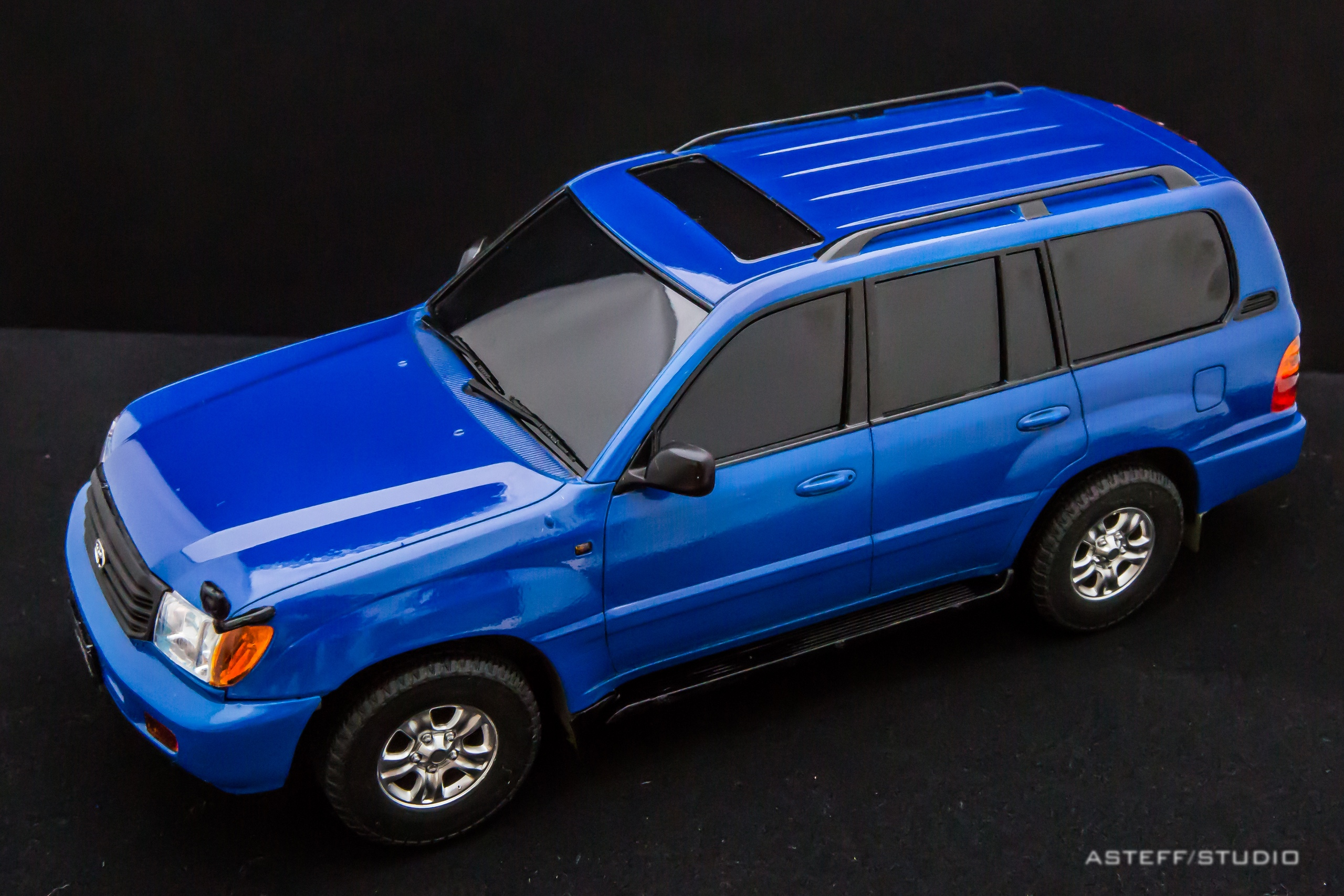 Fujimi TOYOTA LAND CRUISER 100 VX LIMITED